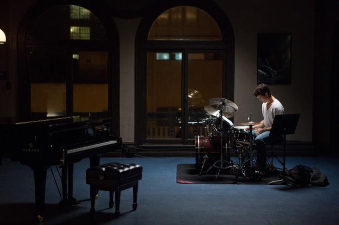 Anrew Neyman (Miles Teller) en la primera escena de la película. Fuente: LATime