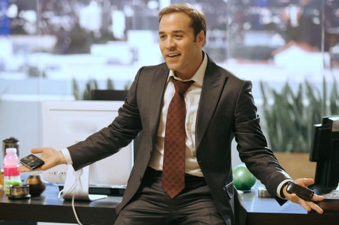 Ari Gold (Jeremy Piven) en su oficina - Fuente: Boss Hunting